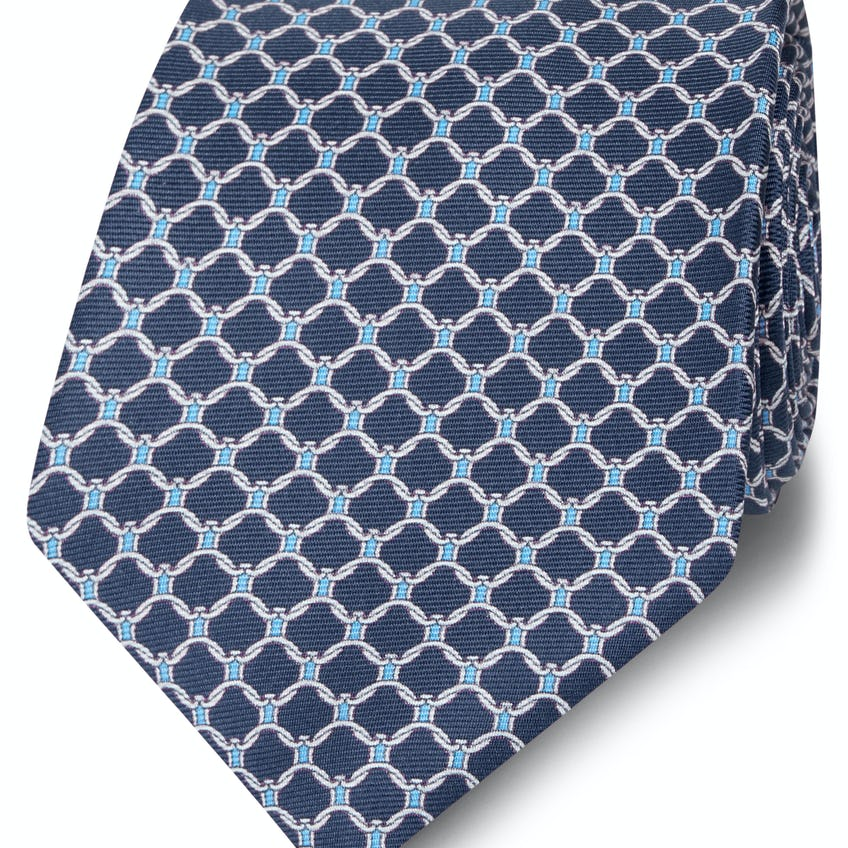 Made in Italy Wide Navy, Blue and White Chain Link Silk Tie 0